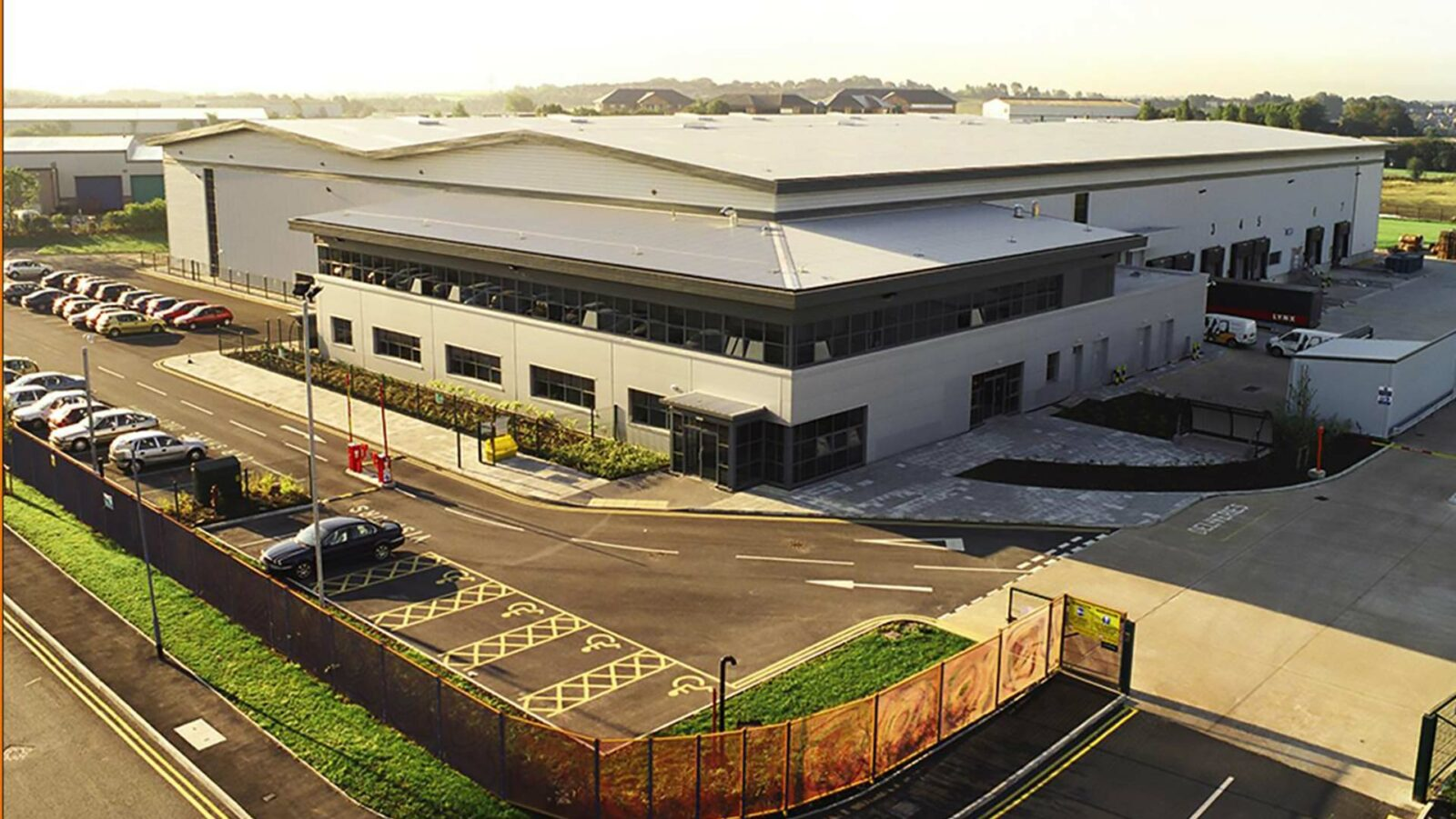Bespoke distribution centre for L'Oreal